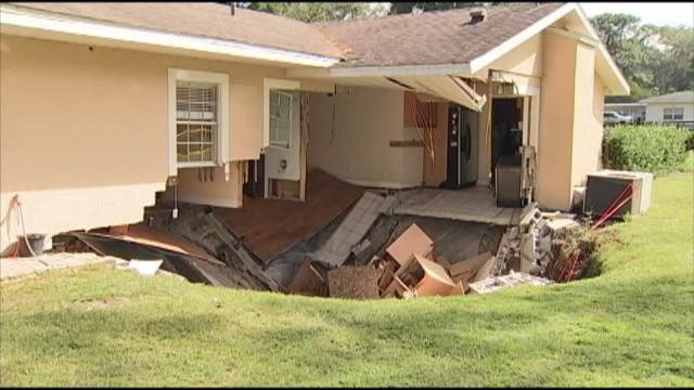 Central Florida is sinkhole alley, signs you should look for | WFTV