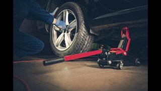 Toyota of Clermont breaks down tire rotations