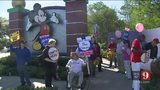 VIDEO: Disney offers to pay union members at least $15 by 2021