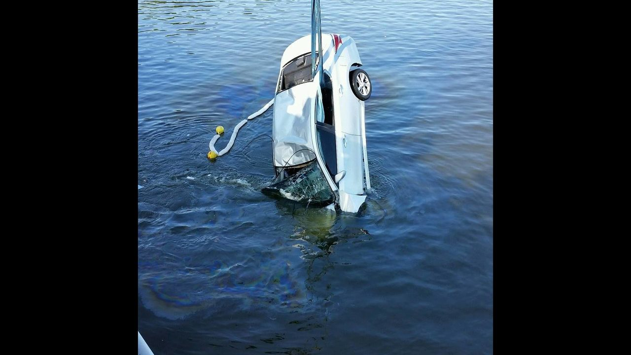 Howey Bridge: Woman crashes into water in Lake Co  | WFTV | WFTV