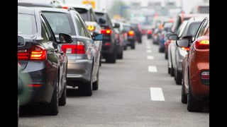 7 easy tips for beating traffic this summer