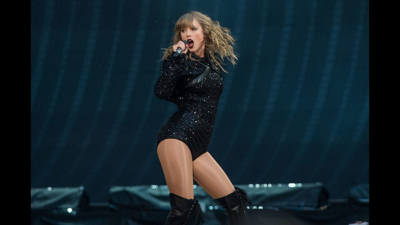 Taylor Swift Is Hilariously Shocked When Two Fans Get Engaged At Her