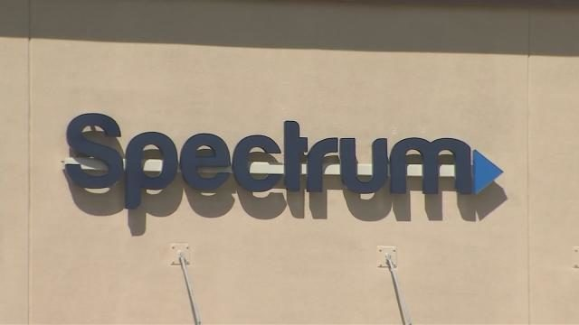 Spectrum internet outage in Central Florida: Angry customers line up
