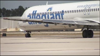 Allegiant Air customers say airline sent personal information to hundreds