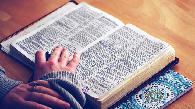 Proposed Florida bill would allow schools to offer Bible, religious study as elective