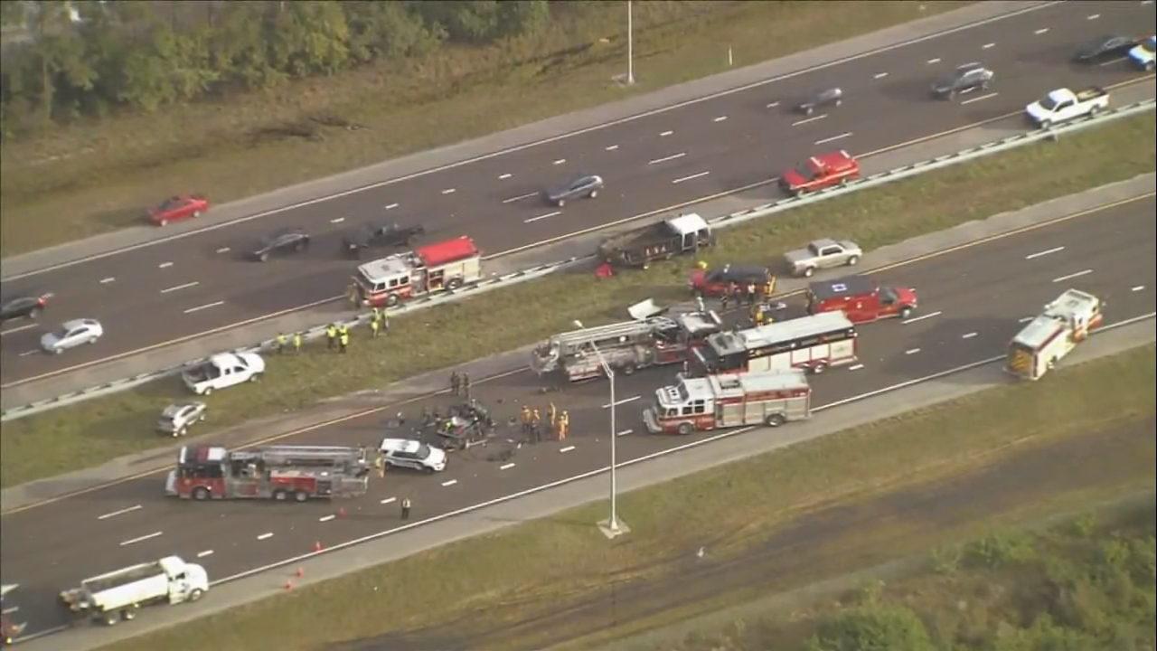 Crash causes major traffic delays on SR 528 in Orange County