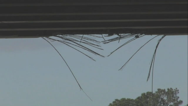 I95 CLOSED IN COCOA: 528 BEACHLINE TRUCK HITS OVERPASS | WFTV