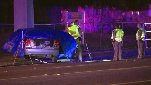 Driver dead after car crashes into power pole on Rock Springs Road