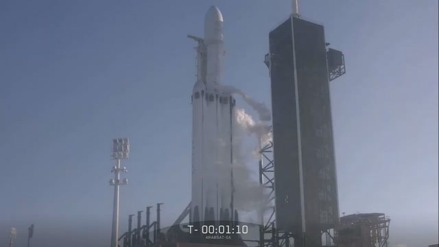 SPACEX ROCKET LAUNCH: Falcon Heavy rocket launch   WFTV