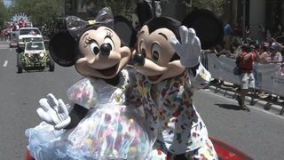 Minnie, Mickey Mouse appear in Florida Puerto Rican Parade in Orlando