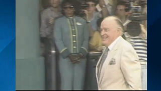 Actor Bob Hope visited when Disney MGM Theme Park opened in 1989