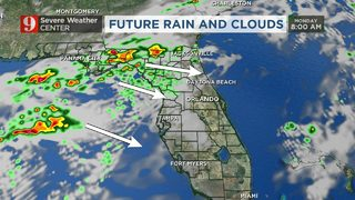 Scattered storms move through Central Florida on Mother