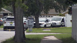VIDEO: Deputy fatally shoots man who struck deputies with bar stool at Orange County home