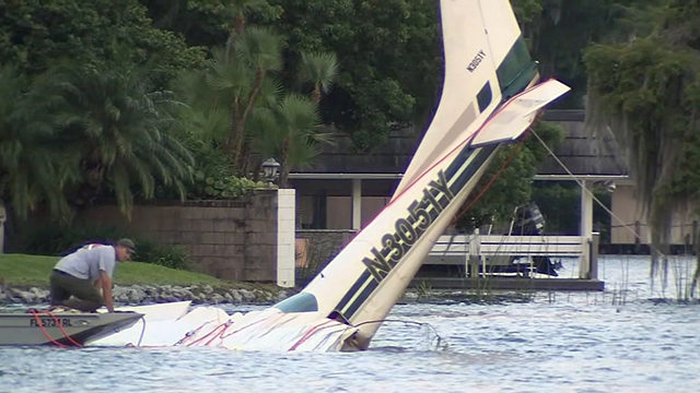 MAITLAND PLANE DOWN: Crews searching Lake Maitland after reports of