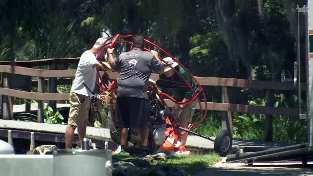 TAVARES PARAGLIDER CRASH: MAN DEAD LAKE BEAUCLAIR | WFTV