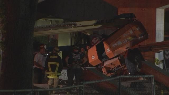 Work to install girders resumes on I-4 Ultimate after worker killed, contractor says