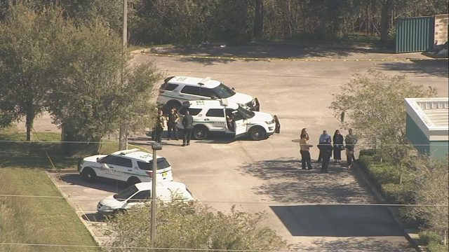 Students, staff safe after attempted bank robbery prompts lockout at Orange County high school - WFTV Orlando